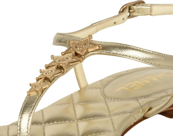 Chanel Shoe CC Star Paris Dallas Gold T-Strap Thong Sandals 38 C / 8 New