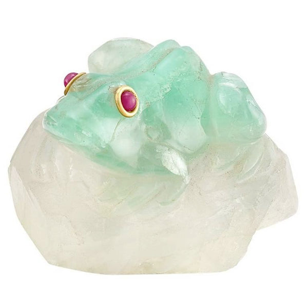 Carved Emerald Frog Object