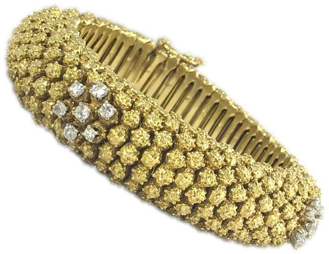 Retro Chic Diamond Gold Filigree Bracelet