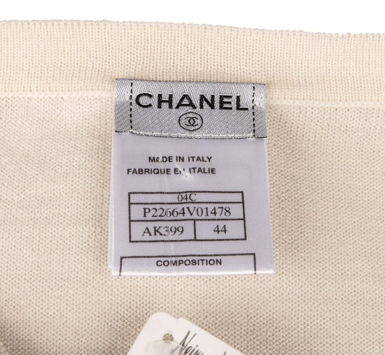 Chanel 04C Top Ivory Feather Light Cashmere 44/ 10 nwt