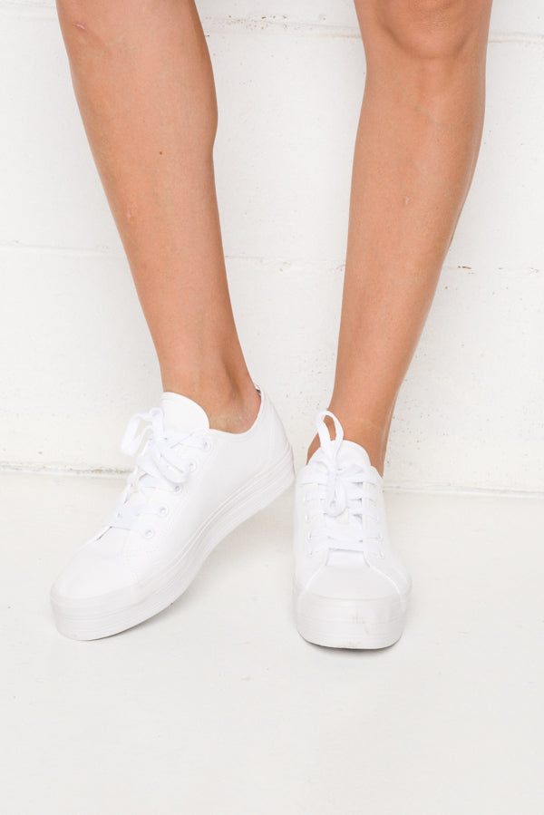 Aya White Canvas Sneaker - Blue Bungalow ?id=6338914615353