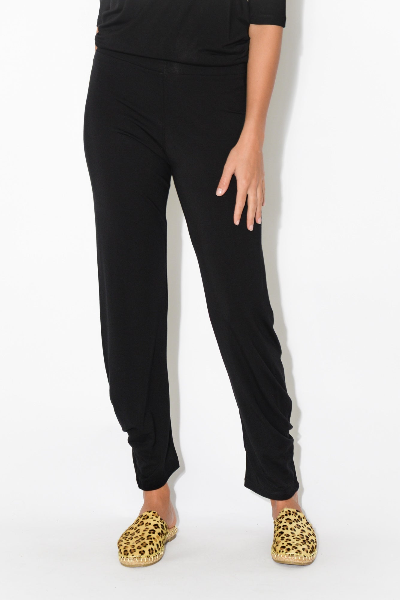 Black Bamboo Key Pant