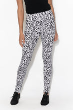 Black Leopard Bamboo Stretch Leggings