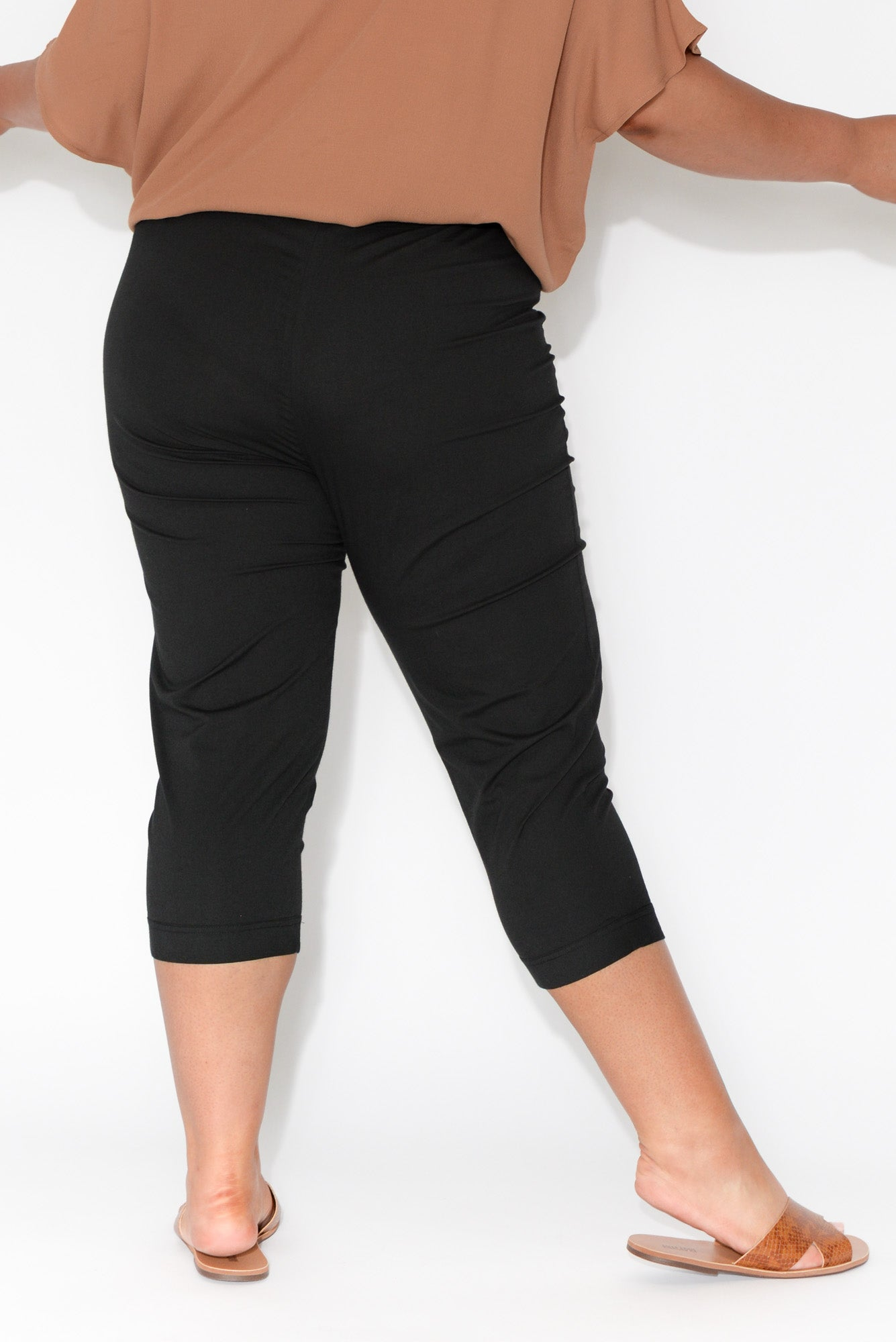 Darcy Black Cotton Capri Pant