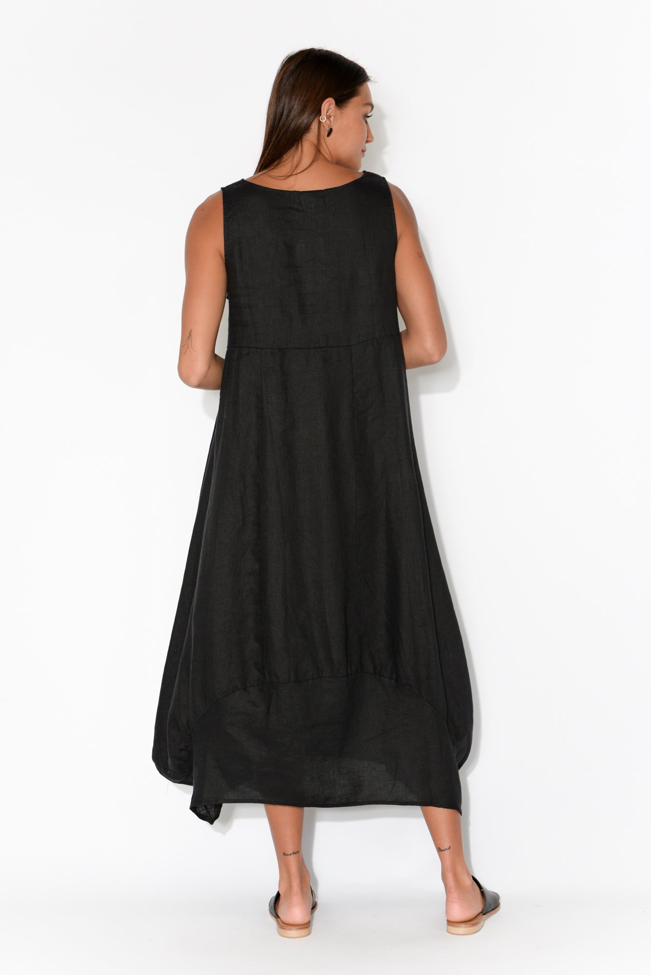 Kalinda Black Linen Pocket Pinafore