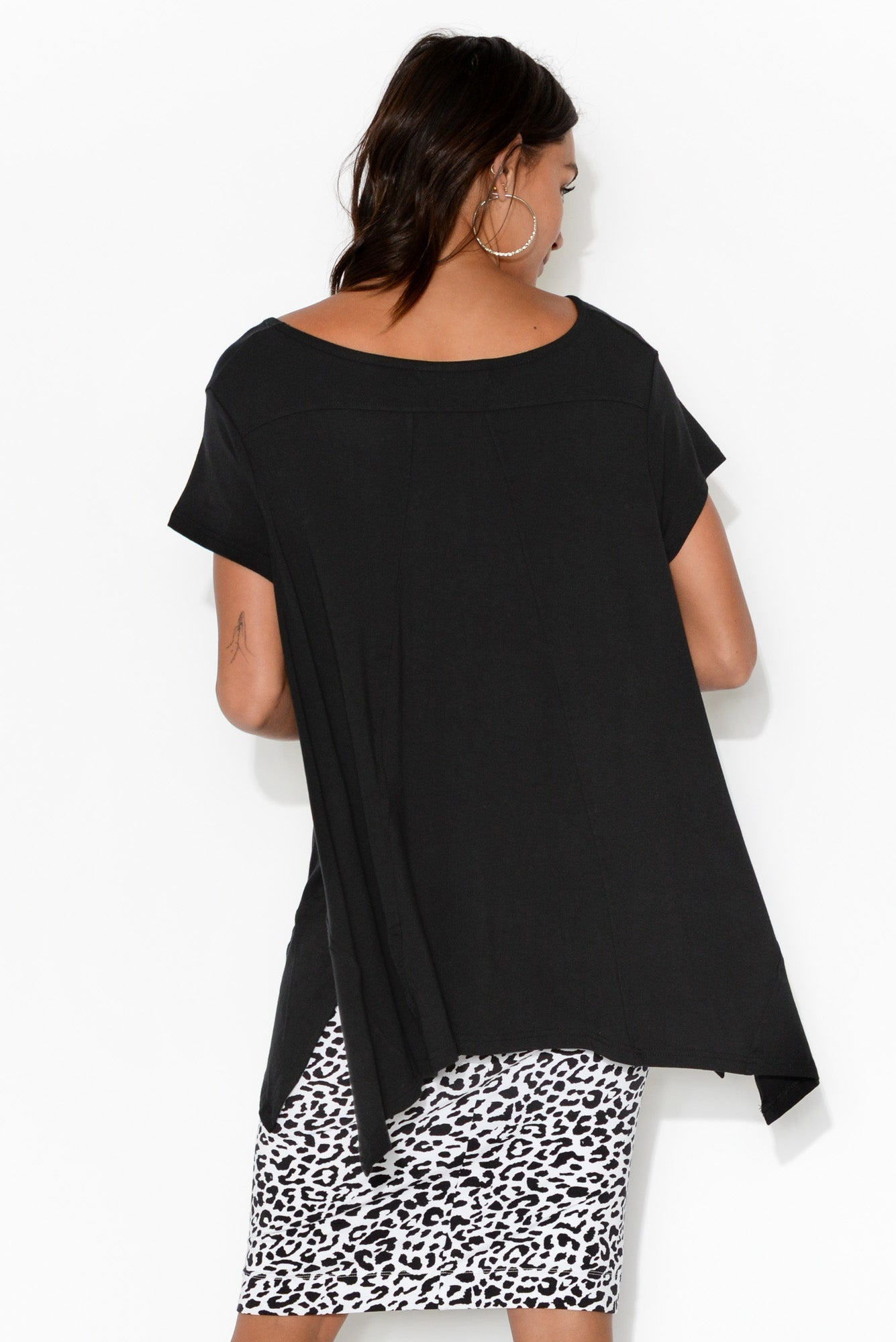 Margi Black Side Split Tee