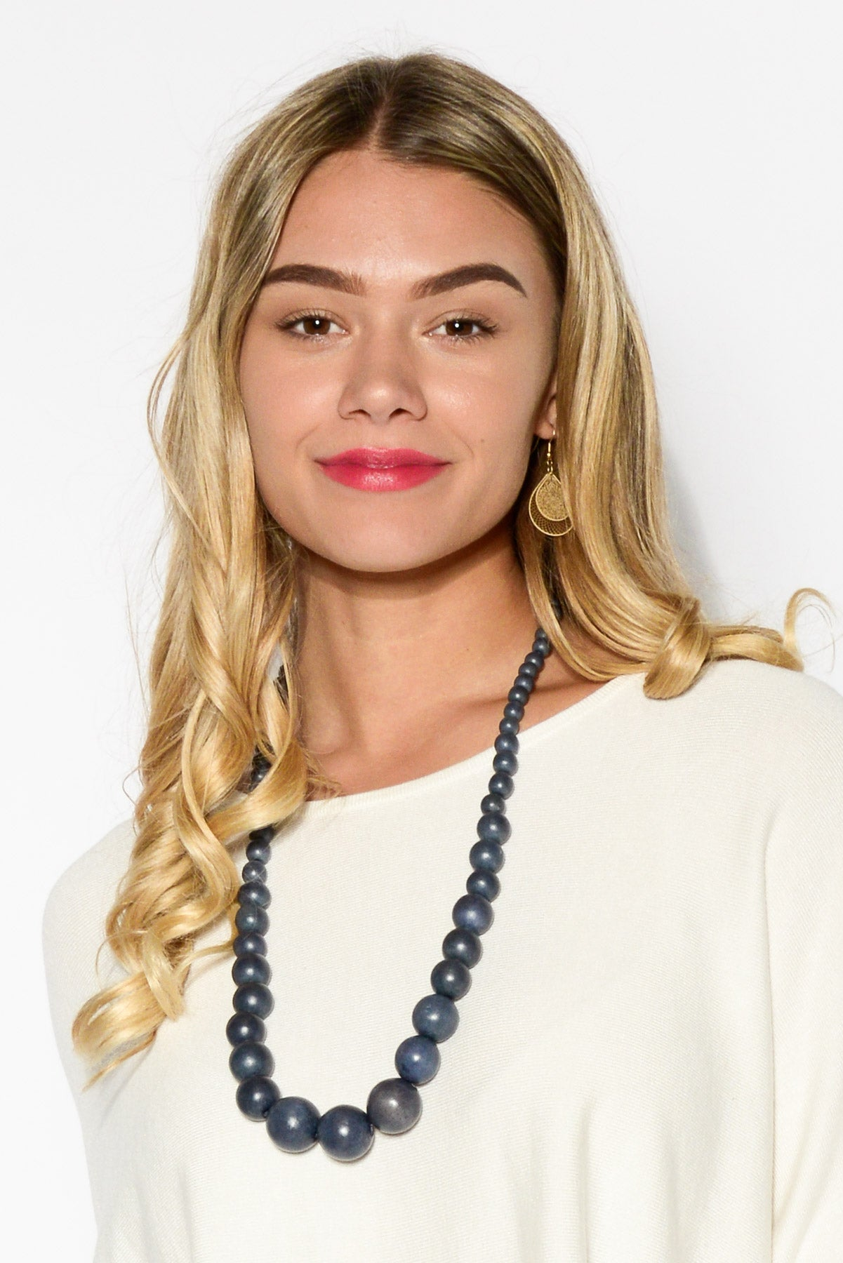 Navy Timber Balls Necklace - Blue Bungalow