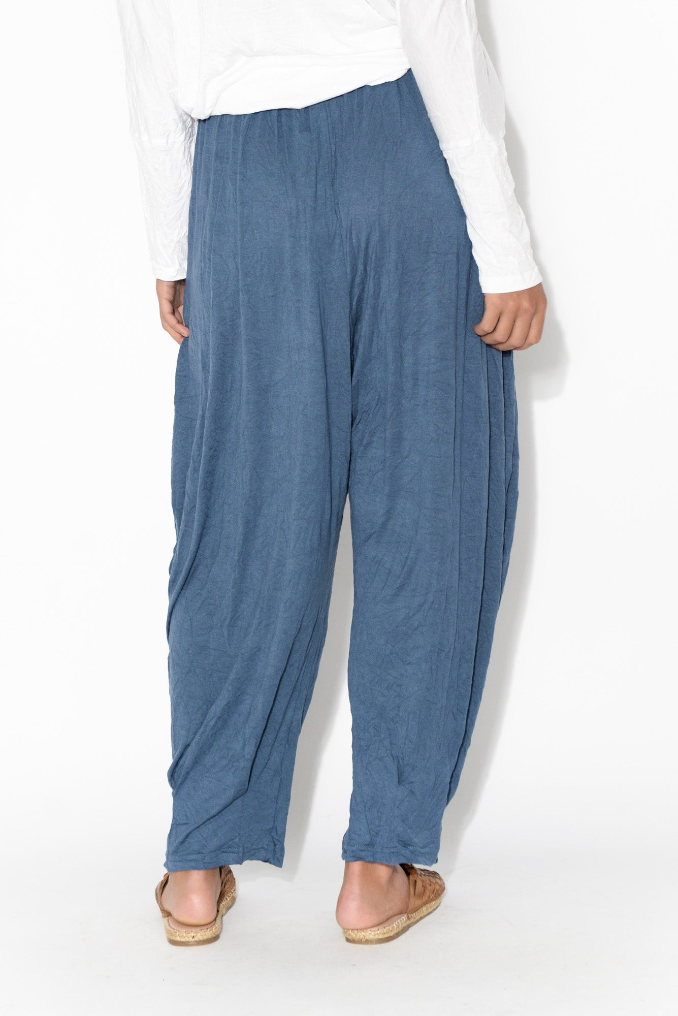 Rylee Navy Crinkle Cotton Pant