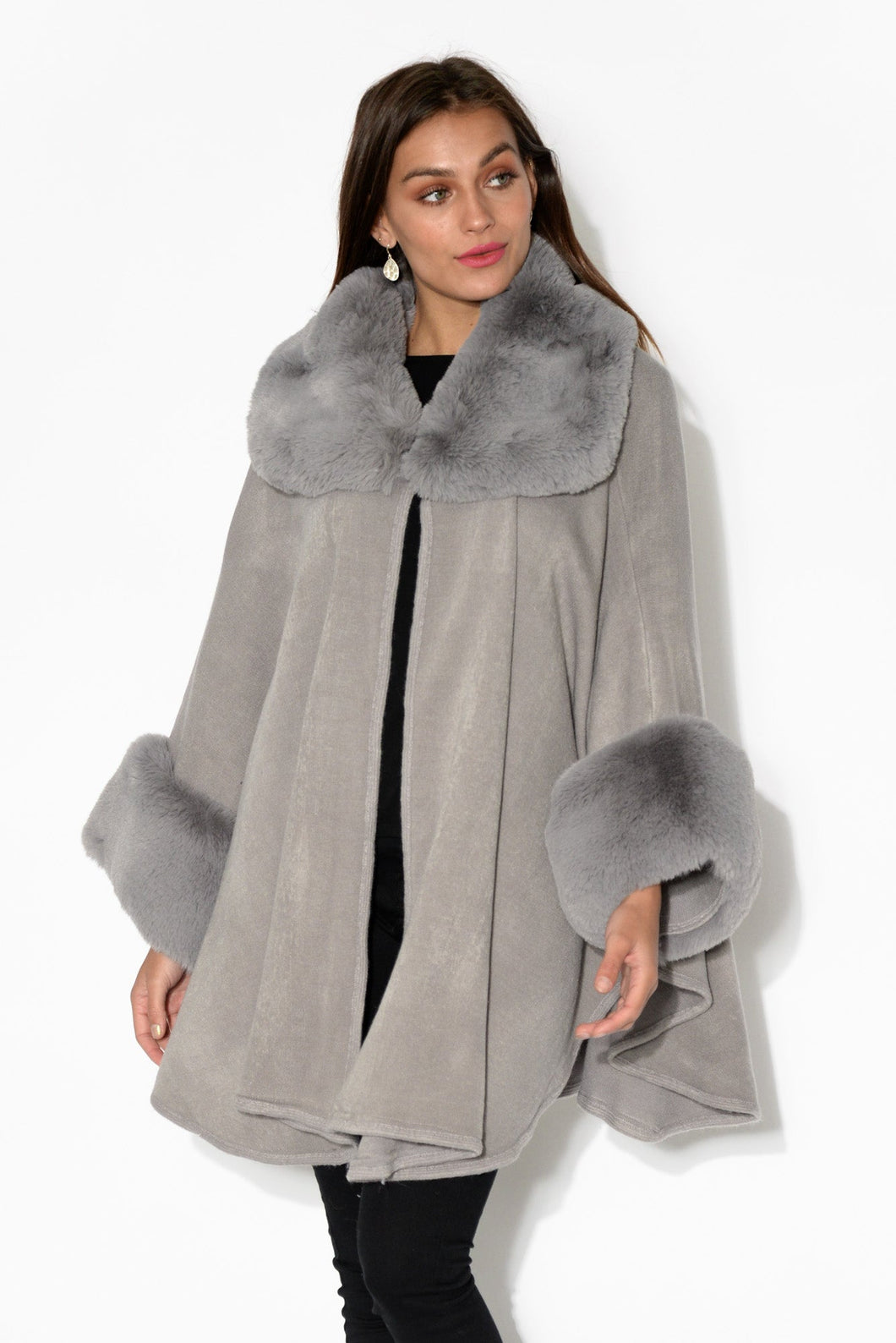 Vera Grey Wool Knit Cape