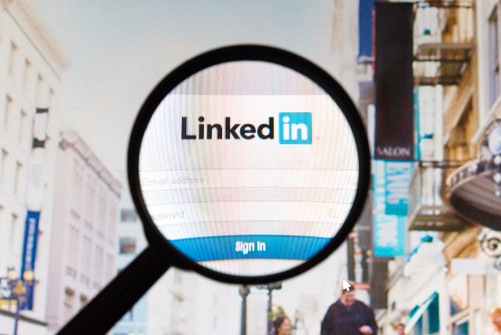 Understanding the LinkedIn Algorithm and Using it to Your Advantage