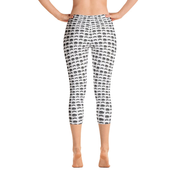 Blinking Eyes Capri Leggings