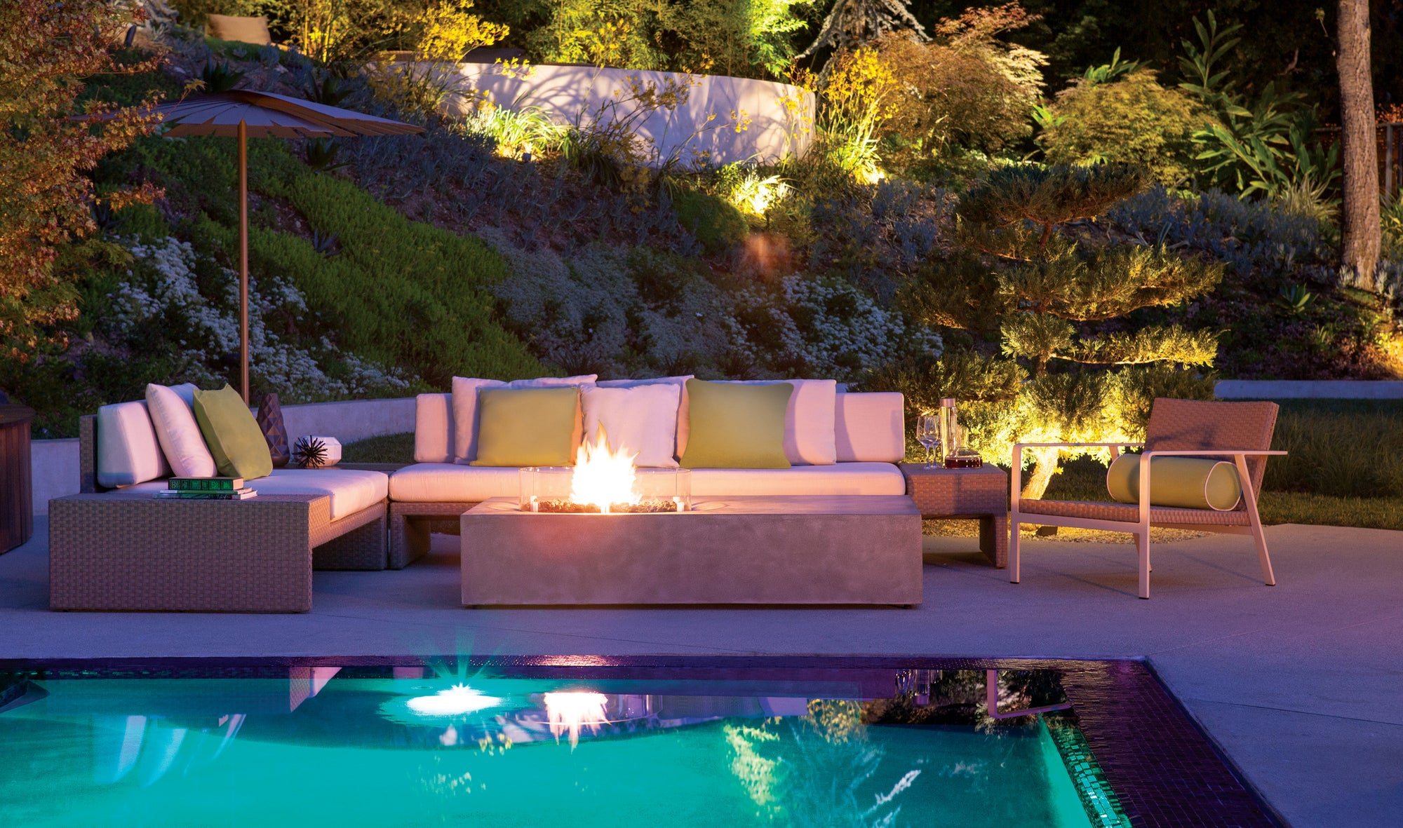 Top 5 Outdoor Fireplaces 2020