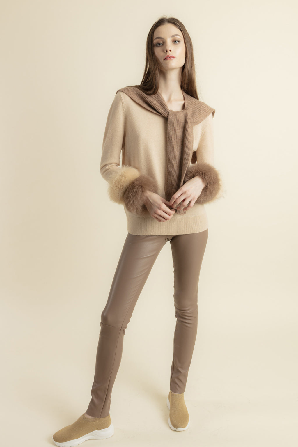 Grey Round Neck Pullover with Fur Pary