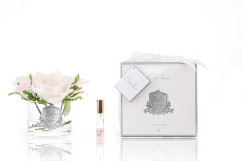 Blush five roses real touch flower diffuser in clear glass