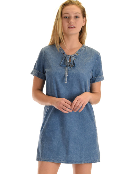 SL4957 Denim Half Sleeve Woven Washed Denim Dress With Lace Up And Side Pocket 2-2-2 - Clothing Showroom