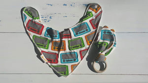 Retro Radio Bib & Teething Ring Set