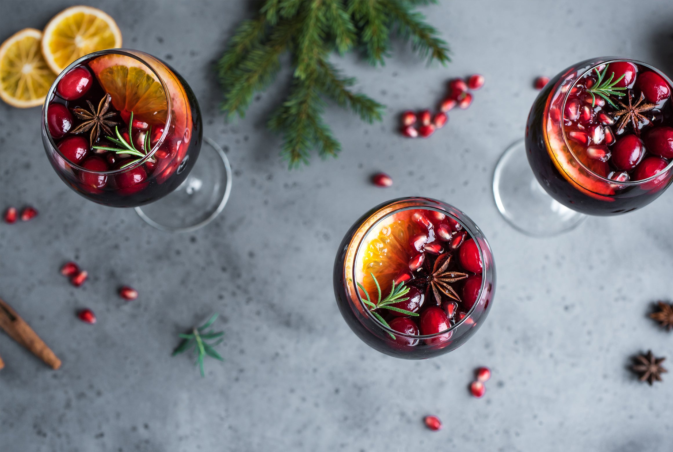 7 Holiday Cocktails to Make Your Spirits Bright