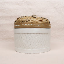 Load image into Gallery viewer, Bali boho chic woven round box painted white small size front