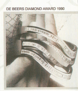 "Winner of the "" DE BEERS DIAMOND INTERNATIONAL AWARDS 1990"". The finest selection of genuine Brazilian gemstones, classified under the Gemological Institute of America ( GIA ) standards."