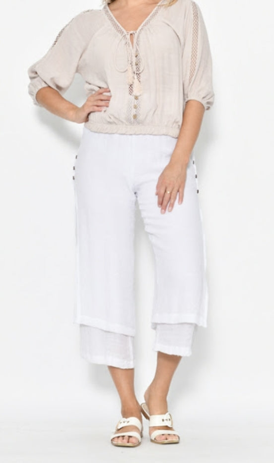 LaMode White 3/4 Layered Beach Pant