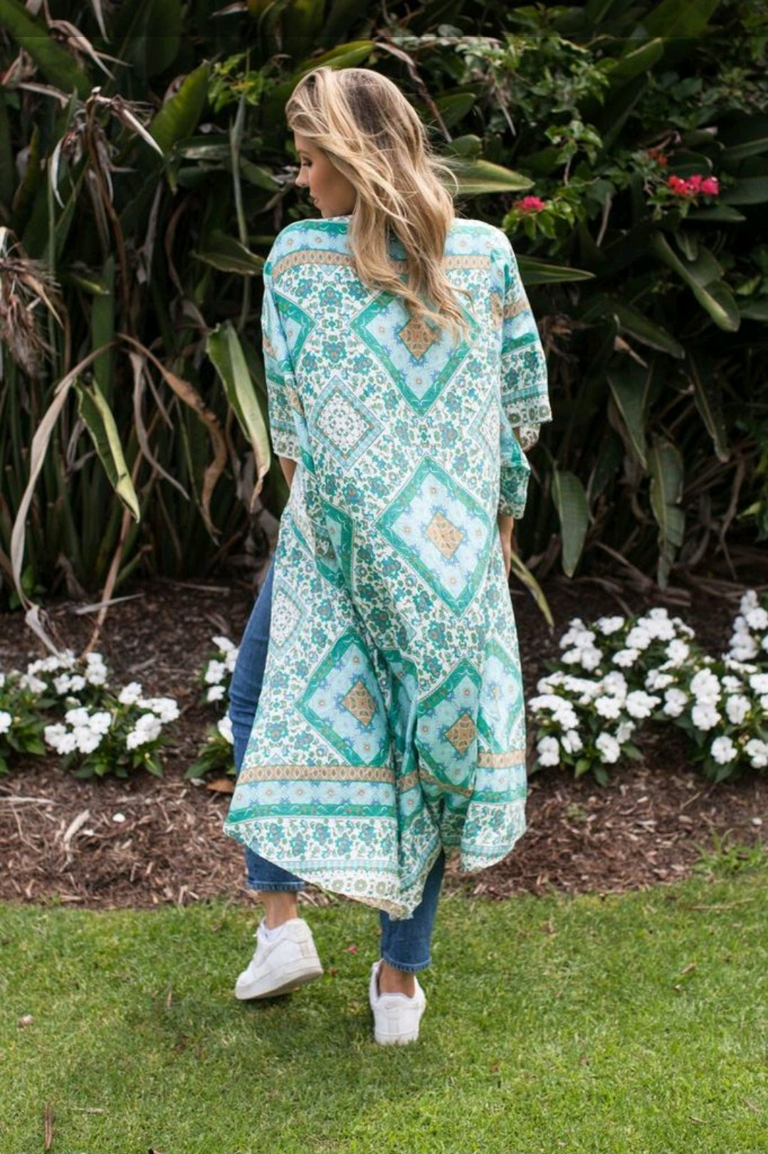 rear view for Mint patterned kimono