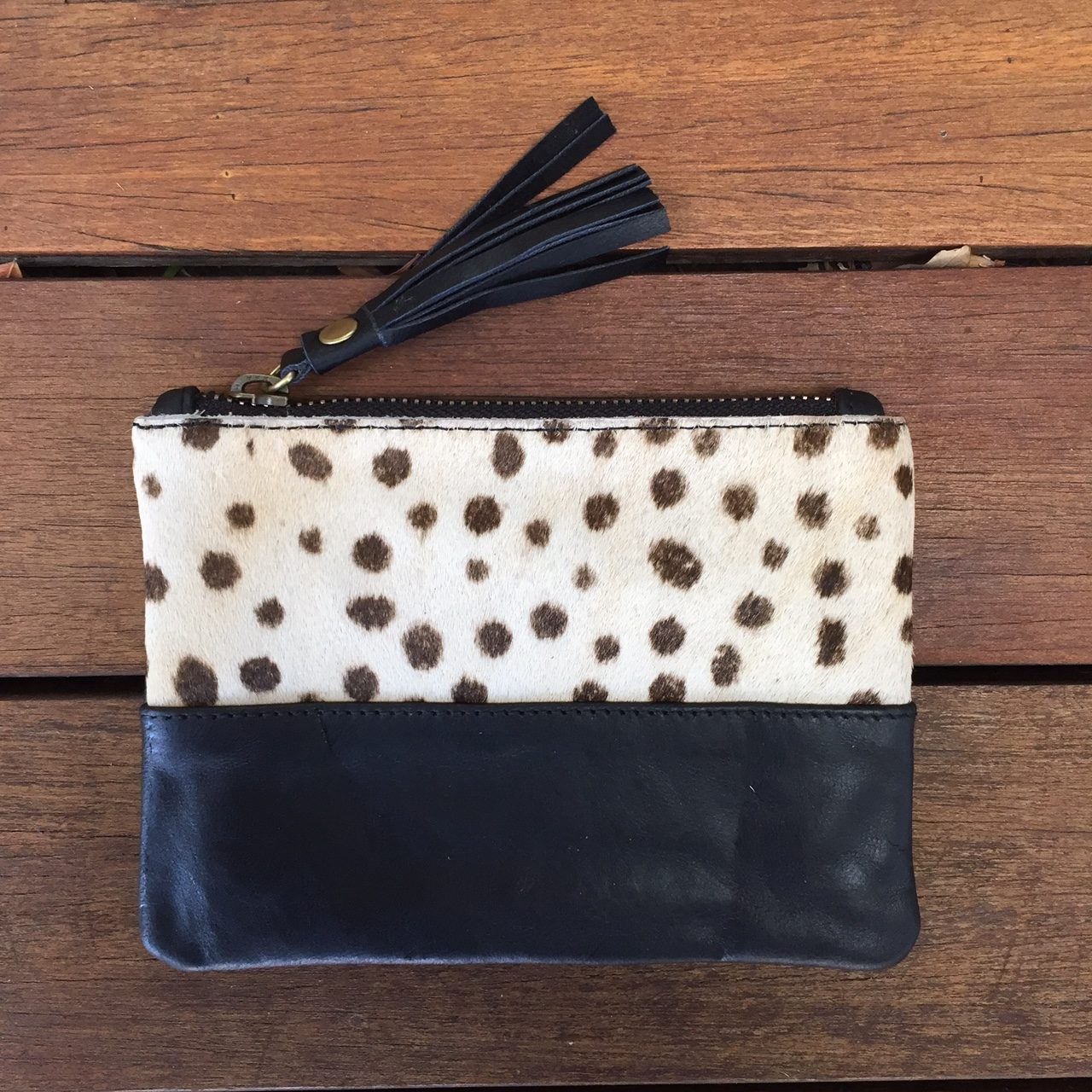 Hide Tassel Pouch White Cheetah