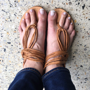 peggy minnie leather string sandal