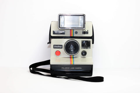 Polaroid One Step with qlight