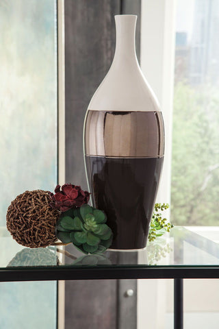Shop Ashley Furniture Dericia Vase at Mealey's Furniture