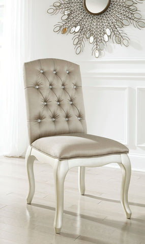 Shop Ashley Furniture Cassimore Upholstered Chair at Mealey's Furniture