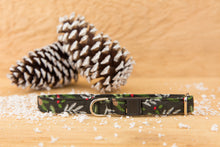Load image into Gallery viewer, Black Pine Needles Cat Collar