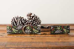 Black Pine Needles Dog Collar