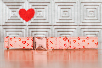 XOXO Pink Dog Collar