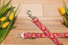 Load image into Gallery viewer, Pink and Gold Moroccan Dog Seatbelt