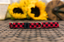 Load image into Gallery viewer, Buffalo Plaid Breakaway Cat Collar