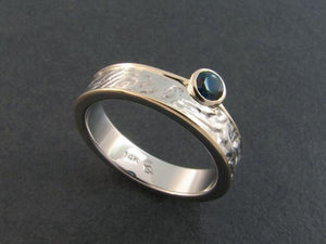 Reticulated Ring with Sapphire
