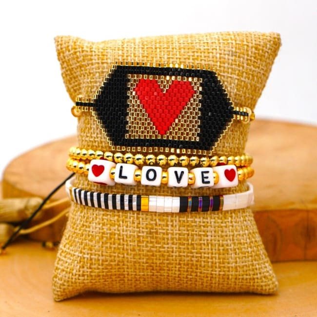 Bracelets LOVE de la COLLECTION SOLEDAD - bracelets - La boutique by c.