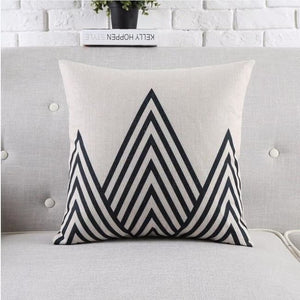 Housses de coussin COLLECTION BLACK AND WHITE - triangles - coussins - La boutique by c.