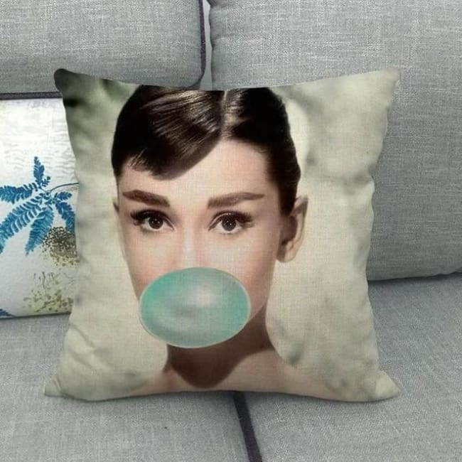 Housses de coussin de la COLLECTION BUBBLE STAR - Audrey Hepburn 4 - coussins - La boutique by c.