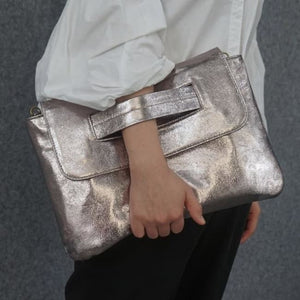Pochette PASSE-MAIN de la COLLECTION MESSAGE CODE - Champagne - sacs - La boutique by c.
