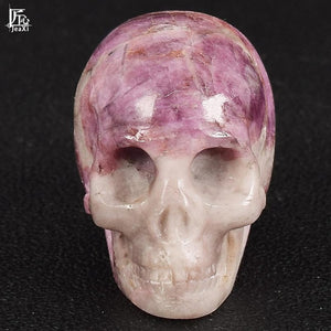 Natural stone skull figurine Crystal Carved