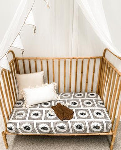 Snug as a Bug Muslin Sheets - Cot & Bassinet - Haut Monde