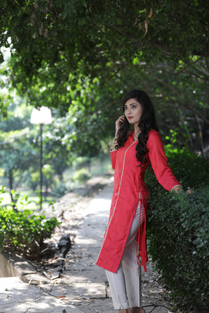 SILK KURTI WITH PEARL DETAILS