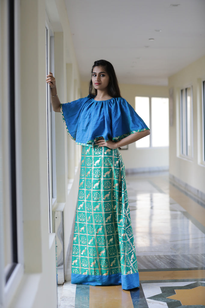 PRINTED GOWN WITH DETACHABLE CAPE