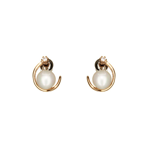UrbnStyl Moon Earring Design with Pearl and AD - Rosegold