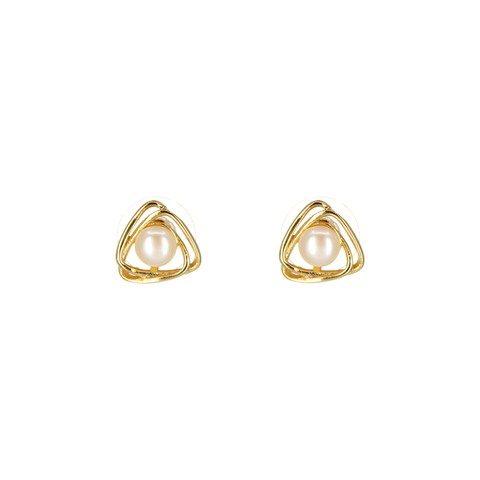 Image of UrbnStyl Pearl in a Triangle Earring