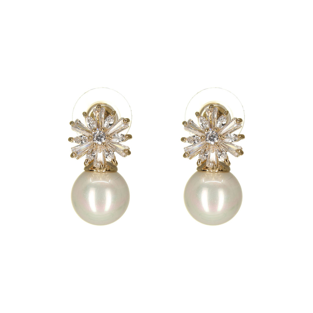 UrbnStyl Pearl Drop Earring Design - Gold