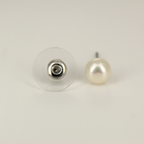 Image of UrbnStyl Simple Pearl AD Stud