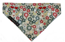 A wintery print of frost, snow flakes and baubles on a silvery background gives this dog bandana a real festive feel. It washes easily so it doesn't matter if your pup loves a muddy puddle. Check out the 'frosty' matching bandana and bow tie. Hand made with love here in the heart of England. Matches perfectly with the 'Let it Snow' collar, bow and lead