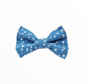 Handmade dog bow tie in cotton print. Made by hand in the U.K. and washable. Airforce blue spotted cotton poplin dog bow tie.
